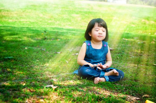Meditation und Achtsamkeit erlernen für mehr Lebensfreude