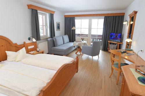 Doppelzimmer Widderstein, Hotel Lärchenhof, Kleinwalsertal