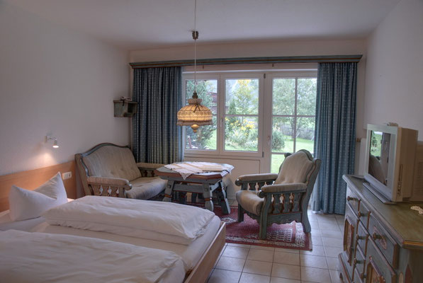 Zimmer Walsertal Lärchenhof, Mittelberg - Sitzgruppe