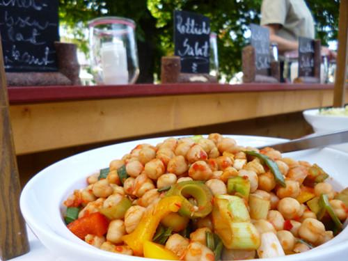 frische Salate runden im Hotel Sonnenbichl das Mittags- und Abendmenu ab