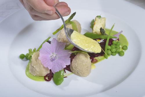 Vegetarische Köstlichkeiten können Sie am Abend im Naturhotel Lärchenhof genießen