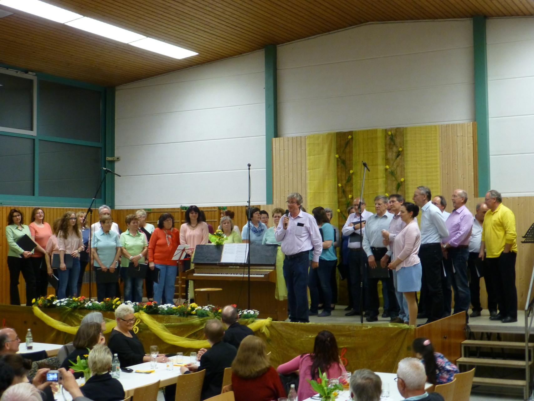 Miriam Kurrle mit MGV Arlinger und Chorgemeinschaft Waldrennach