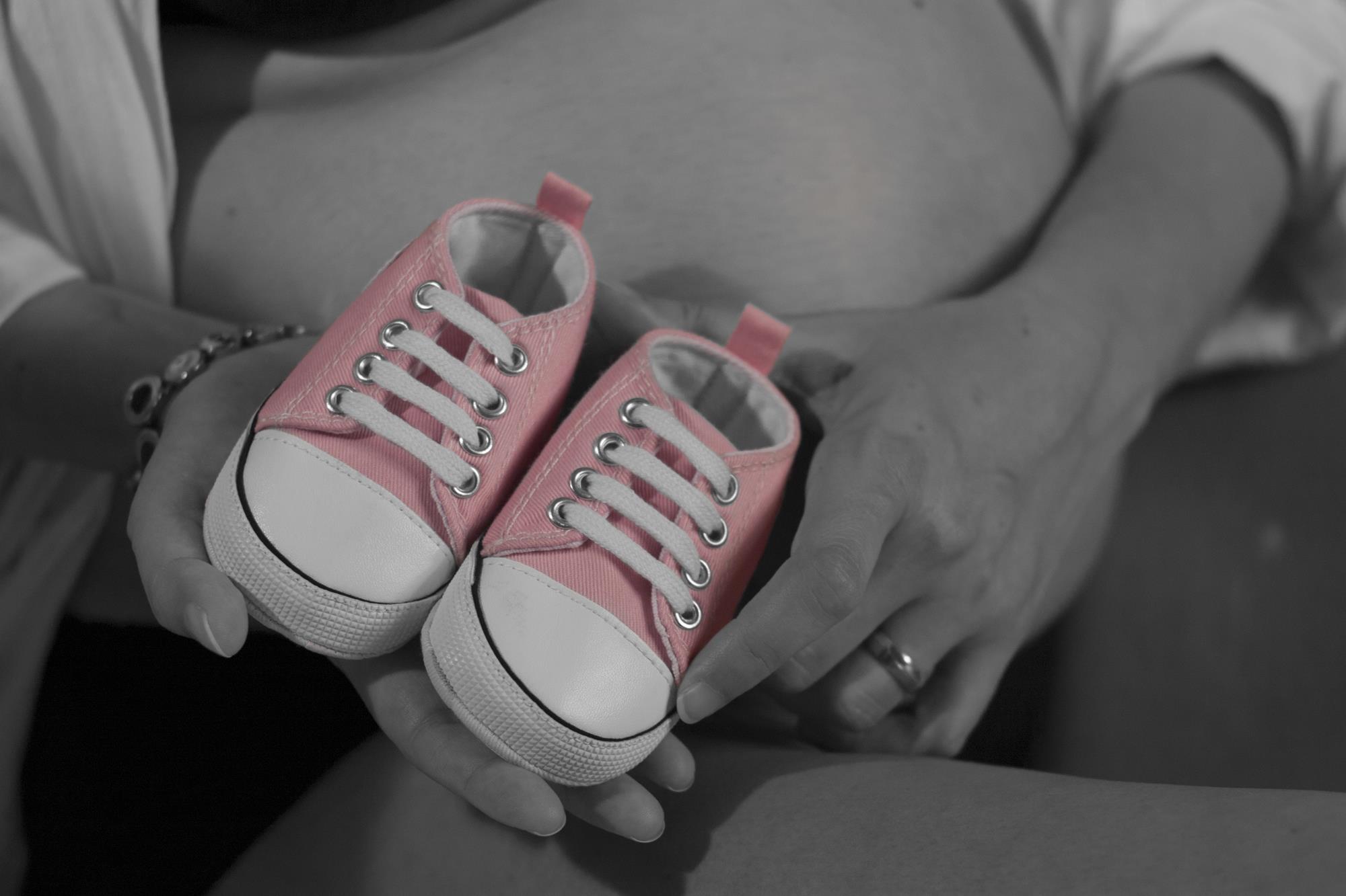 Fotógrafa Sonia Menéndez con embarazadas