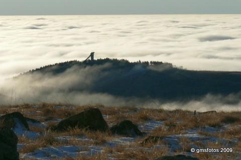 Wurmberg in Wolken