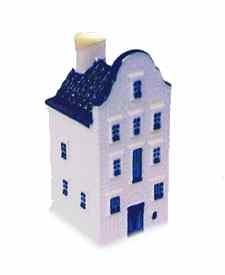 KLM miniatura número 79, Schiedam-Schiedam. Este típico edificio fue el hogar de la destilería Melchers.
