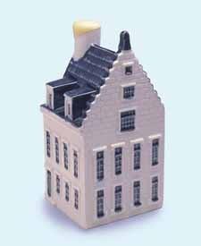 KLM miniatura número 77, Auberge de arent Breda. El Golden Eagle Inn.
