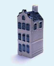 KLM miniatura número 45, Amsterdam, Keizersgracht 140,Construida en 1670 y Reconstruida tras un incendio en el siglo 19.