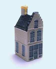 KLM miniatura número 15, Dordrecht, casa de estilo típico de la que se encuentra en la Dordrecht Hofstraat Voorstraat y construida en el siglo 17.