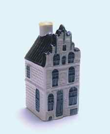KLM miniatura número 22, Veere, Kaai 25ta-27ma Het Lammeken. El Pequeño Cordero. Construida en 1539.