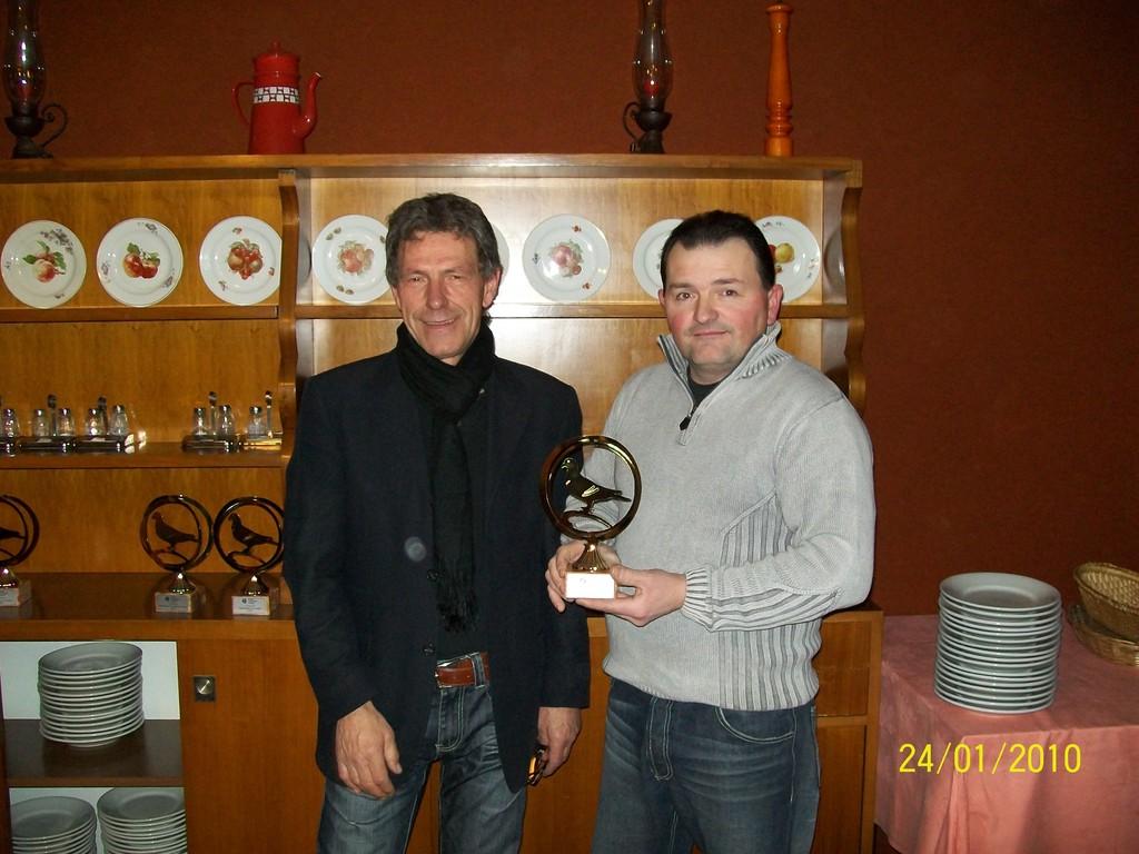 presidente premia gatto franco 1' campionato di velocita'  1' campionato novelli settembre