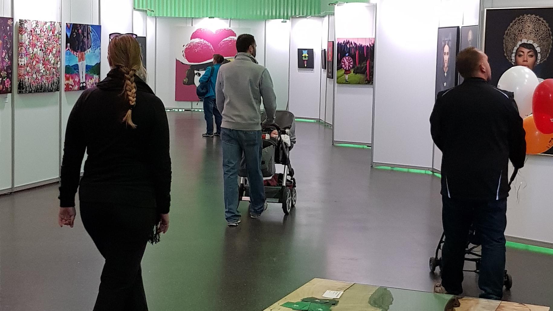 Kosmos Schwarzwald-Kunstausstellung Oberrhein Messe Offenburg