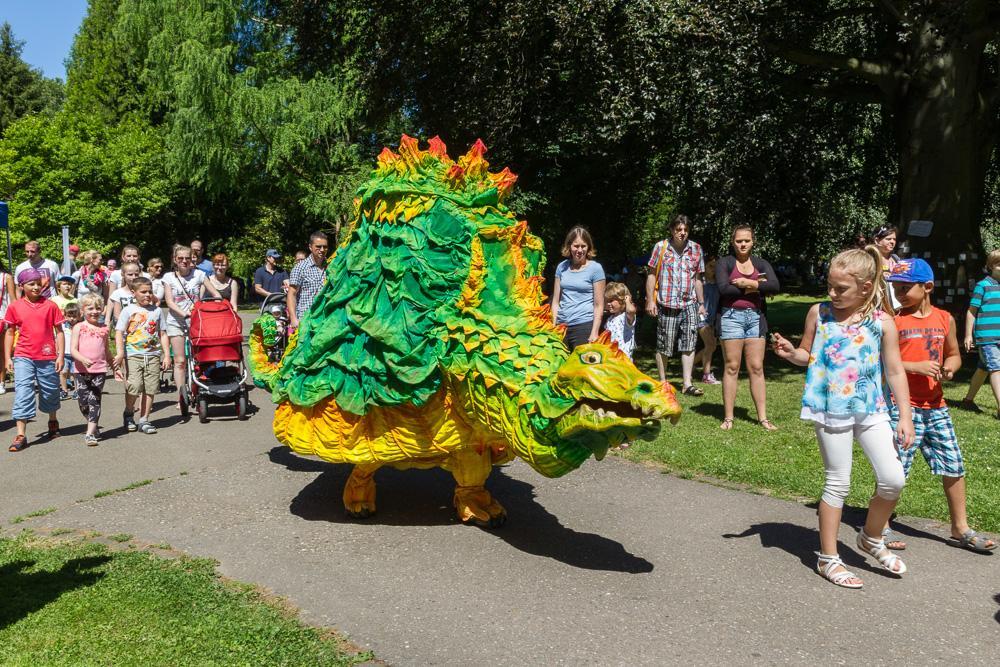 """Hingucker: """"Onil der Drache"""" auf dem Kinderfestival Lahr (5.900 Besucher)"""