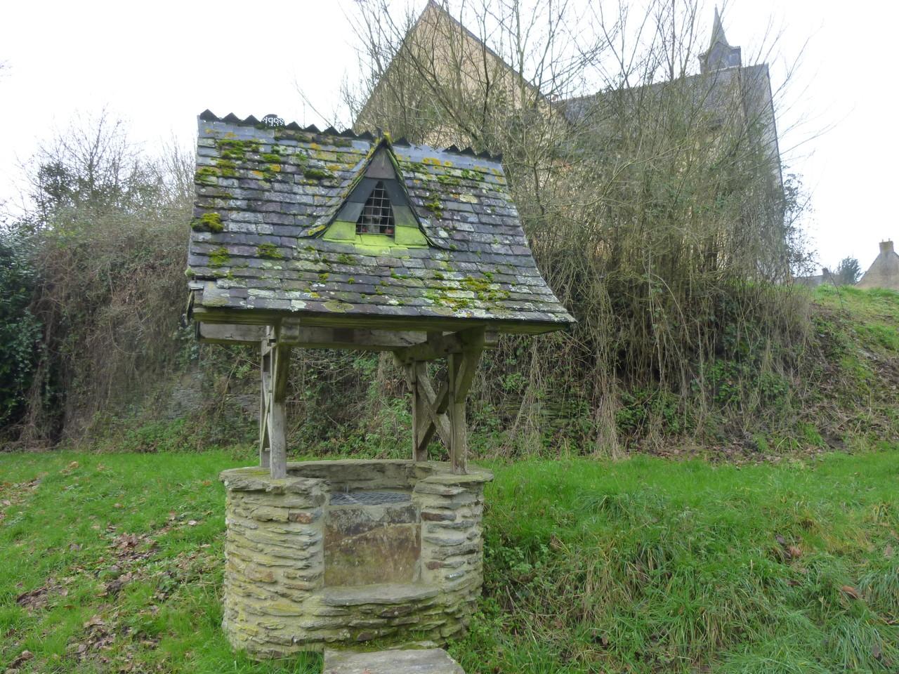 Fontaine Saint Golven, vieux bourg