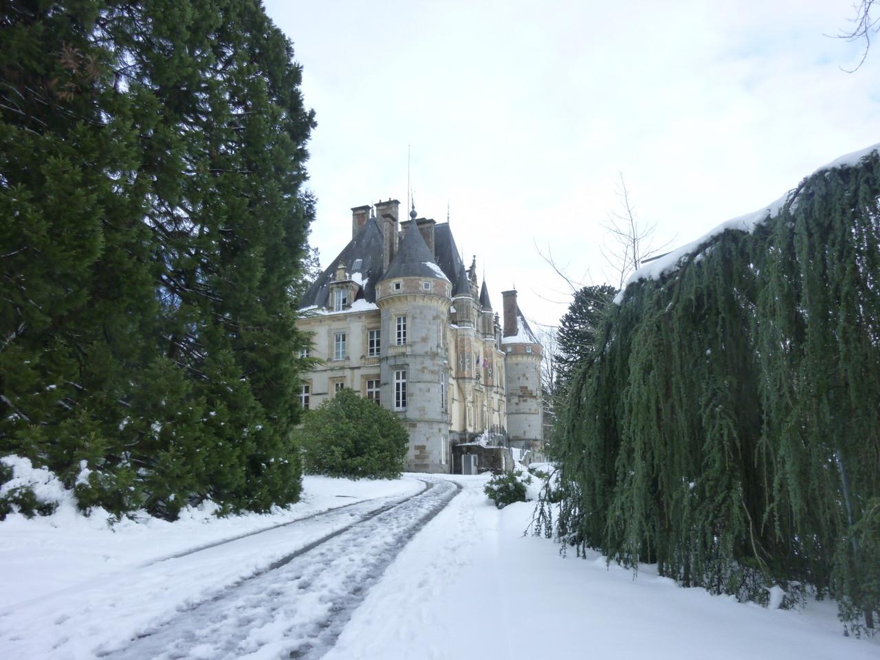 Le château de Téssé, mairie de Bagnoles