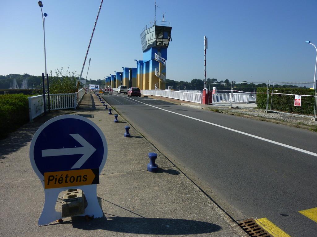 Voici le pont barrage