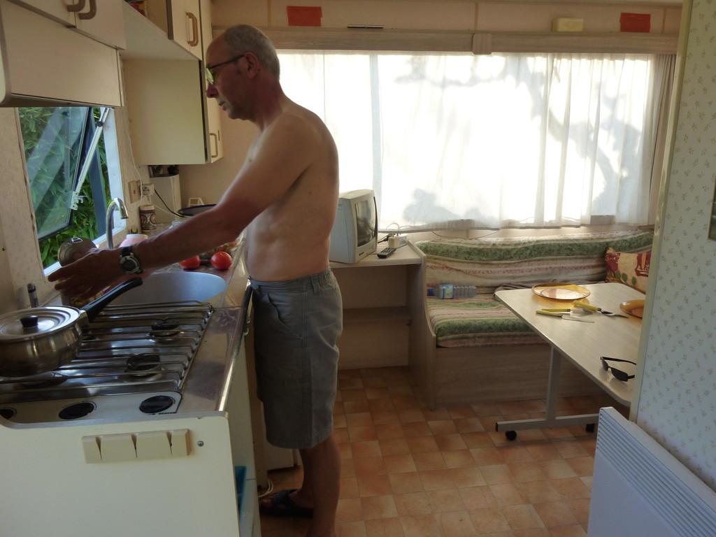Halte au camping de Lunel (34)