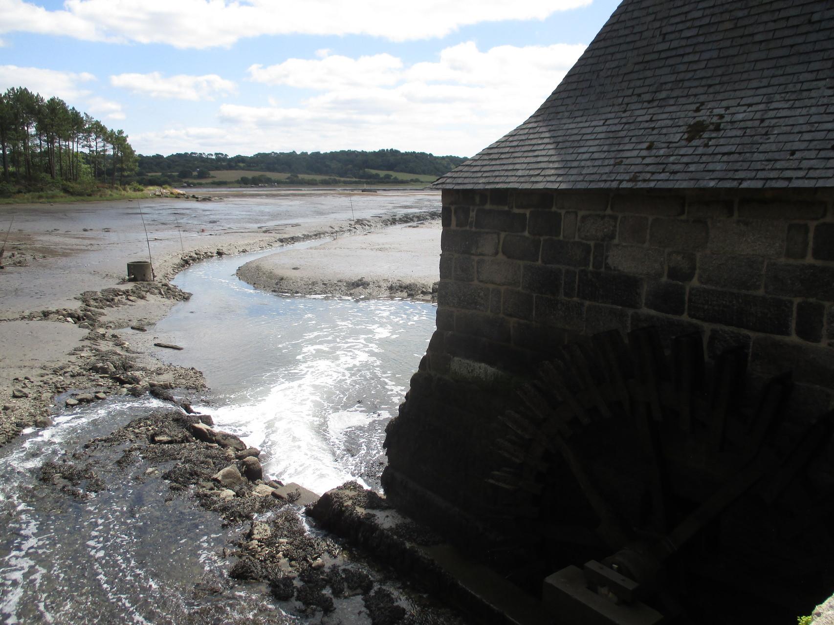 Le Hénan et son moulin à marée