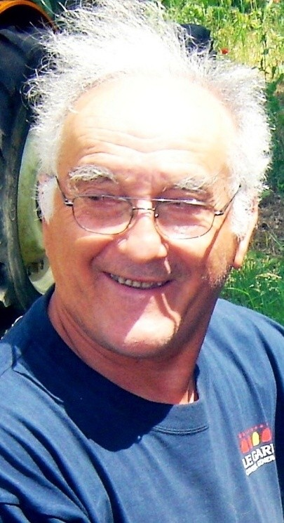 Michel Cogoluègnes +, Weinbauer, Saint Cézaire de Gauzignan