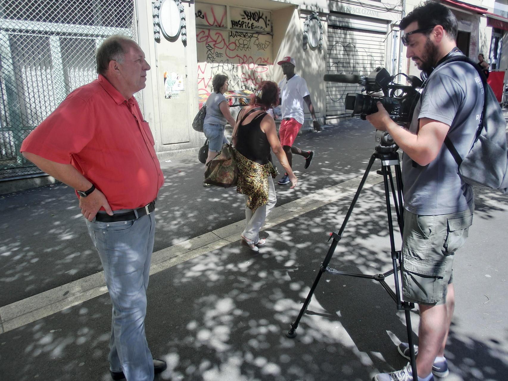 Ulrich Fuchs, Programmchef Kulturhauptstadt Marseille mit Nicolas Pinchinot, Filmemacher