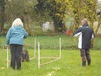 B Prüfung: Lady beim 5 m Rückwärtslaufen