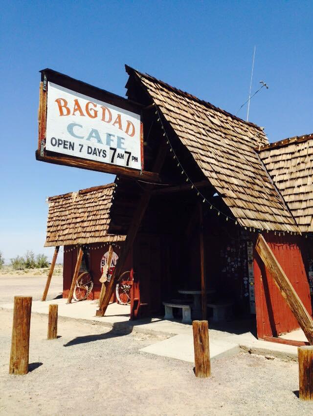 バグダッドカフェ コーリングユーのあの映画の場所です。まだあります。