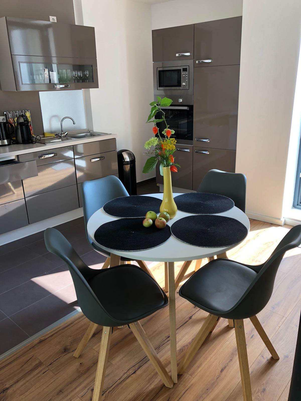 Ferienwohnung Schwerin - Essbereich für vier Personen