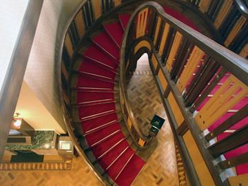二葉館の階段