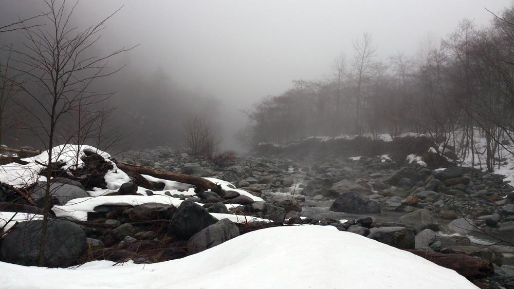 27/3/2014 小雨 10℃ 14℃