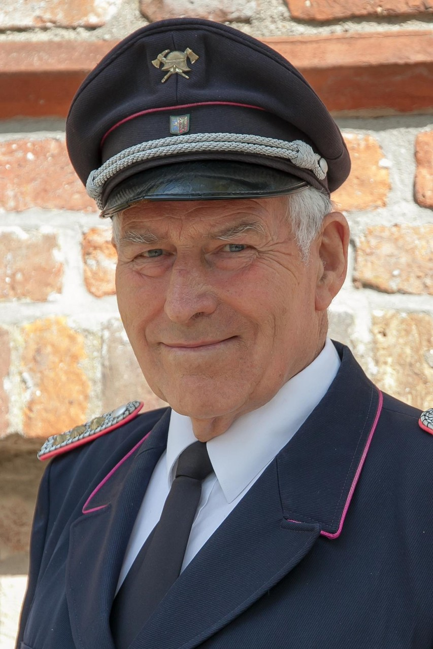 Eberhard Dörr - Ehrengemeindewehrführer