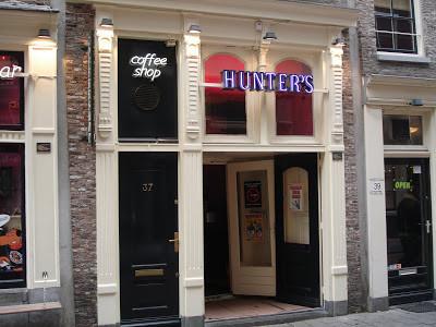 Coffeeshop Weedshop Hunters-2 Amsterdam