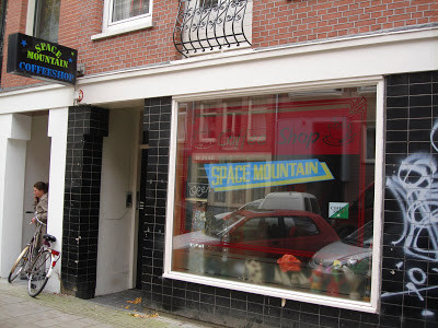 Coffeeshop Space Mountain Amsterdam