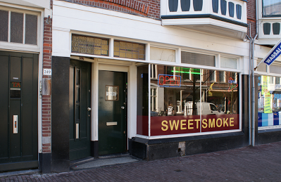 Coffeeshop Cannabis Café Sweet Smoke Den Haag (The Hague)