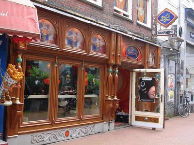 Coffeeshop Weedshop De Dampkring Amsterdam