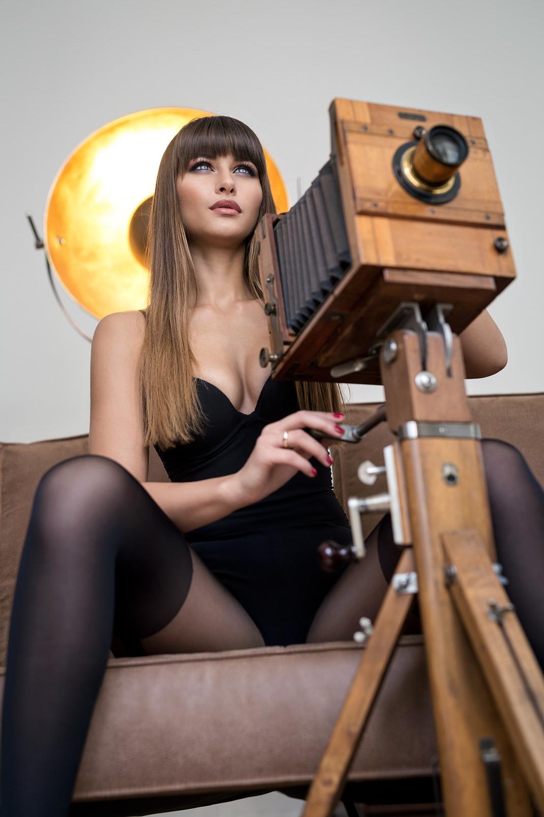 Two Beauties - Kristina & Dr. Höhn & Co Tropical Camera - Markus Hertzsch - Camera - Girl