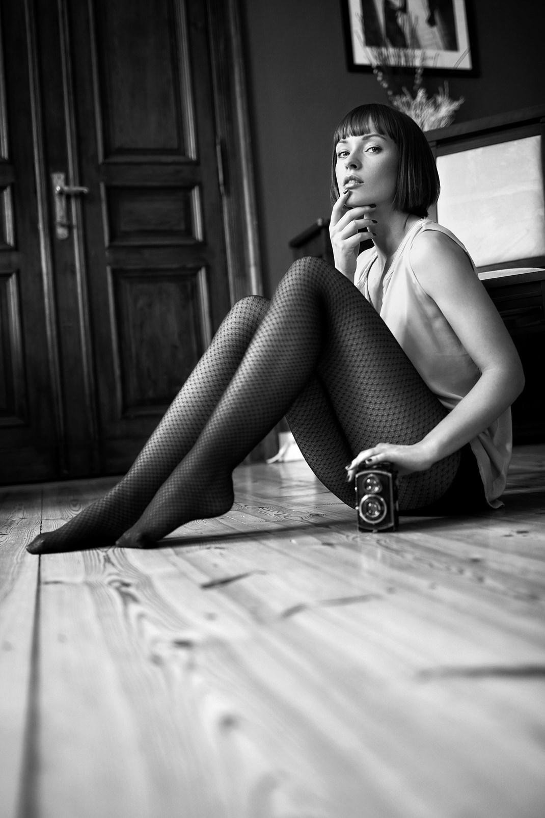 Two Beauties - Johanna & Rolleiflex - Markus Hertzsch - Camera - Girl