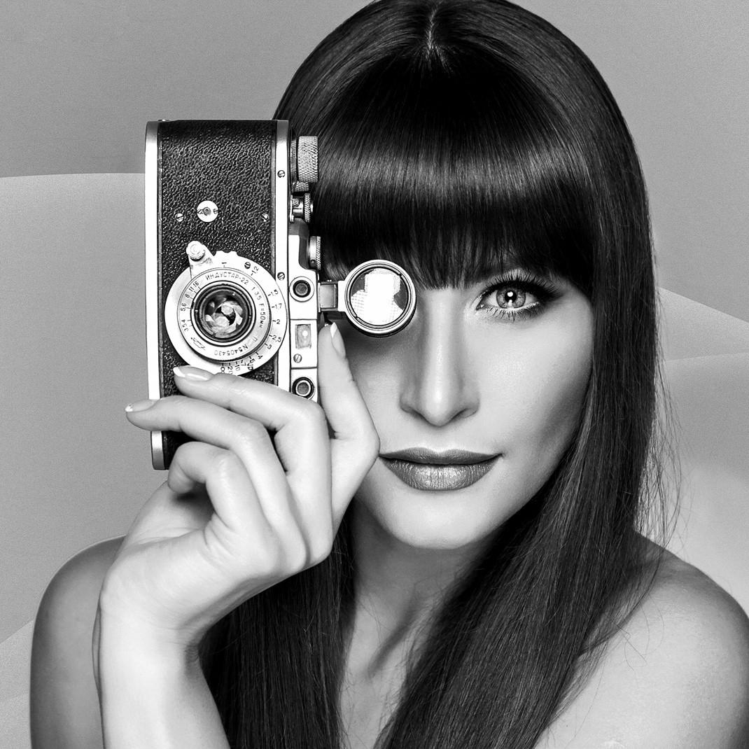 Two Beauties - Kristina & Zorki Leica - Markus Hertzsch - Camera - Girl