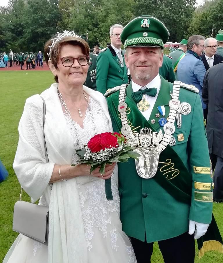 Hans-Christian und Gabi Lummer als neues Bundekönigspaar.