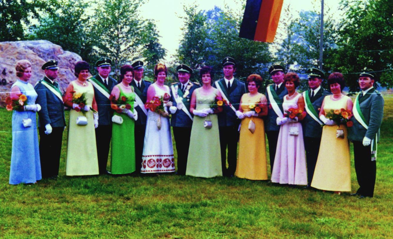 Hofstaat 1971