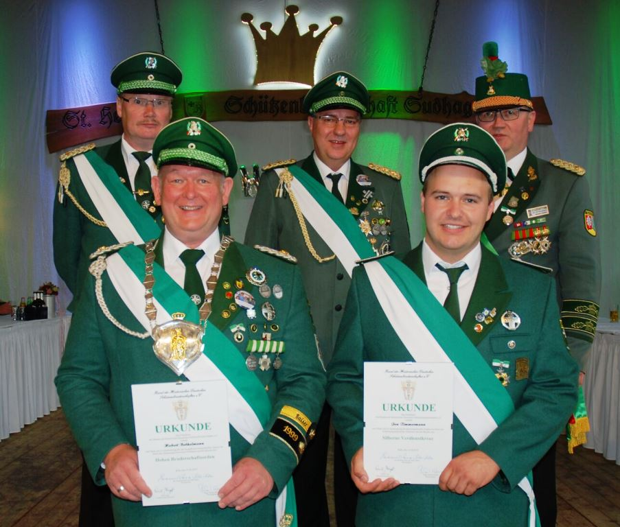 Hoher Bruderschaftsorden für Hubert Brökelmann, silbernes Verdienstkreuz für Jan Timmermann