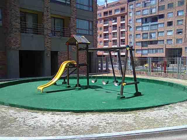 tus niños tienen amplios espacios para jugar