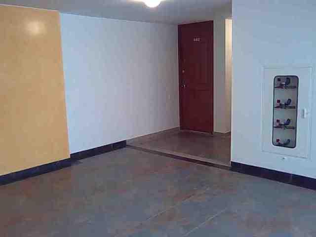 amplitud en acceso al apartamento