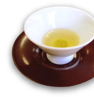 山吹色に輝く煎茶