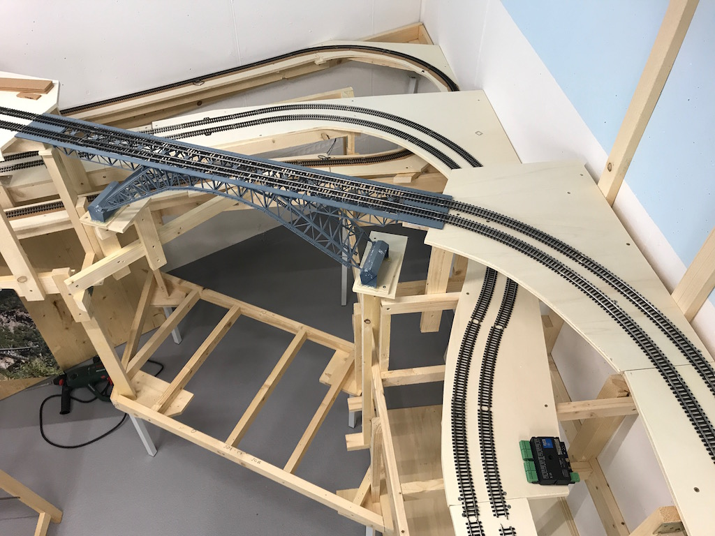 #17 Moba-Blog: Einbau der Bietschalbrücke