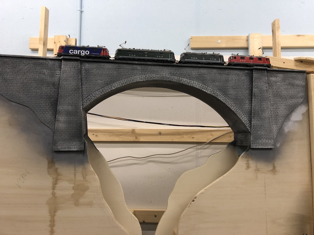 #20 Moba-Blog: Eisenbahn-Steinbrücke mit Styrodur selber bauen