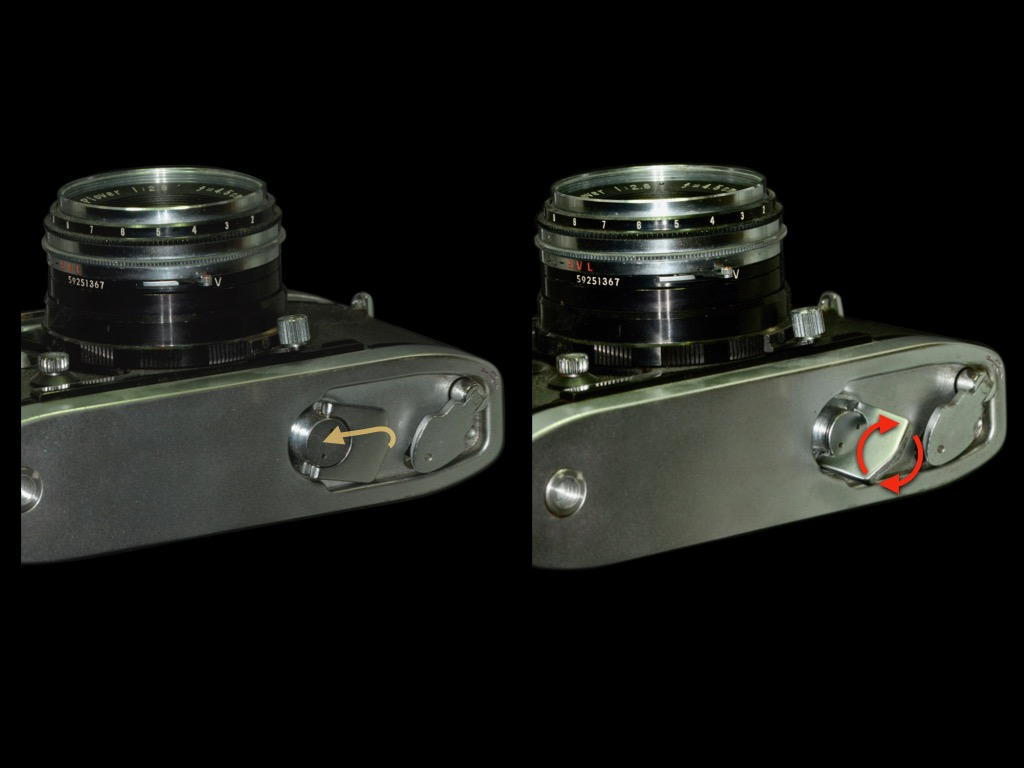 Raise the knob on the bottom of the camera and wind up the mainspring.A camera with a built-in spring motor that can shoot 7 images continuously in 3 seconds.
