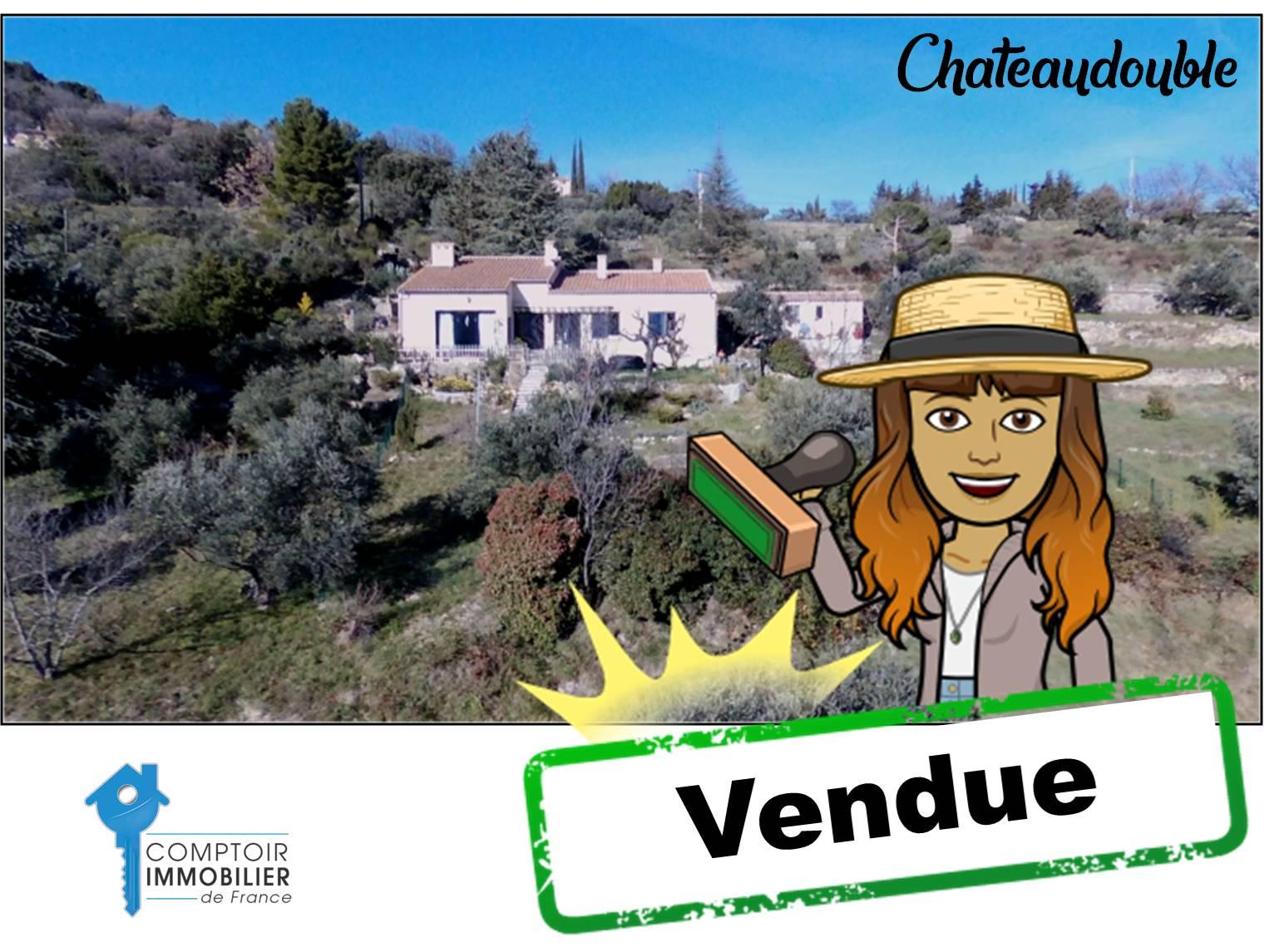 Chateaudouble - 318 000 € - 2 chambres - Terrain 3100 m²