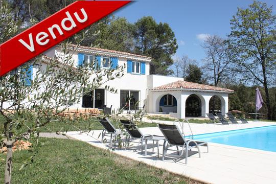 Flayosc - 697 000 € - 200 m² - 4 chambres + 1 studio - 4000 m²