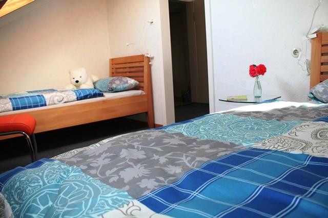 Schlafraum mit 2 Einzelbetten