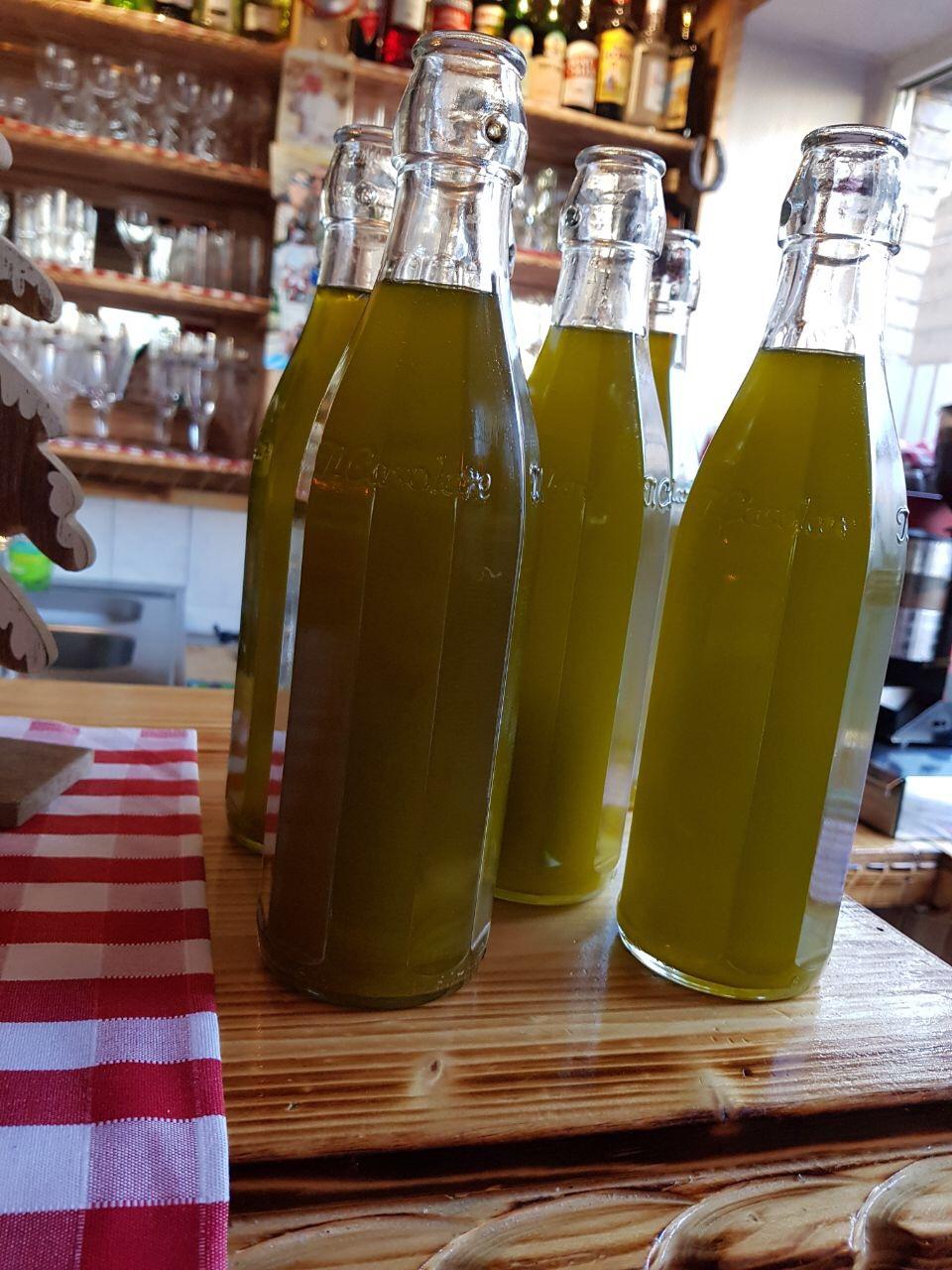 Olivenöl, hergestellt von unseren Großeltern 100 BIO