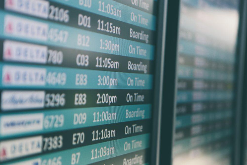 Waarom is heen vlucht langer dan de terug vlucht? Typisch geval van wind mee of wind tegen.